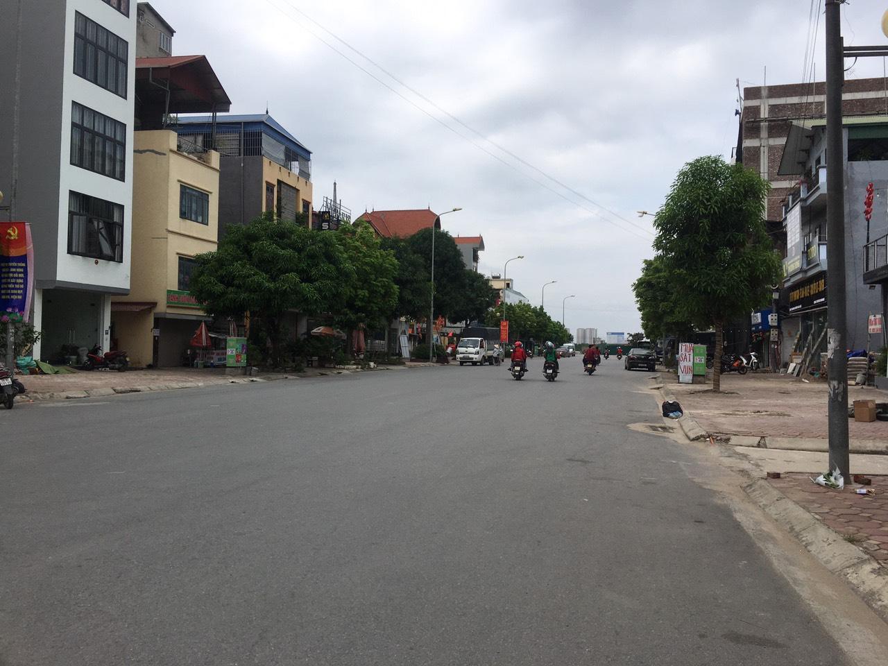 Cần tiền bán gấp 75m2 tại Kiên Thành, mặt đường rộng 20m nối vào bệnh viện Gia Lâm.