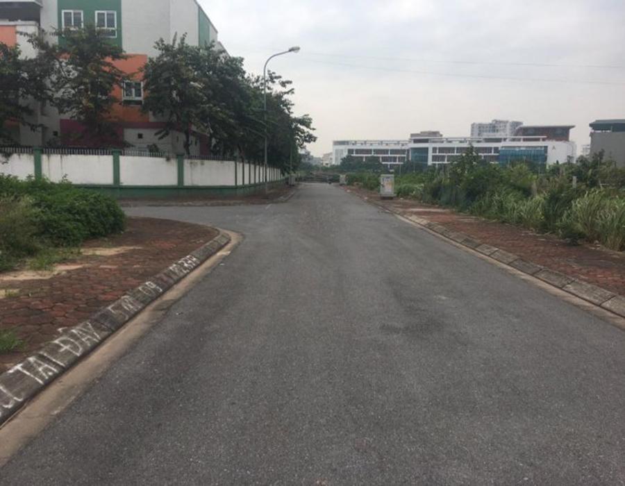Cần bán nhanh 77m2 khu tái định cư Cự Khối, P. Cự Khối, Long Biên, Hà Nội.